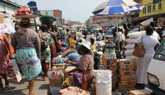 Photo credit: Street market in Accra, Ghana. Wikimedia commons